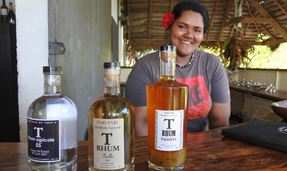 タハア島で作られる芳醇な香りのラム工房